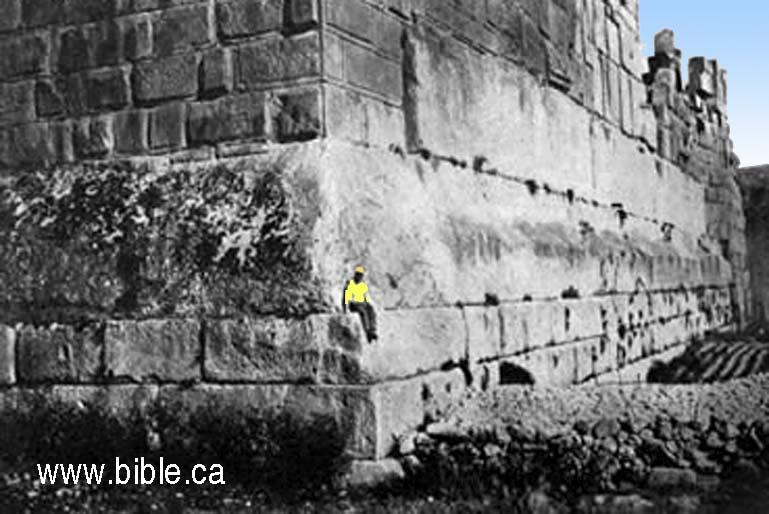 bible-archeology-jerusalem-temple-mount-temple-of-jupiter-baalbek-lebanon-trilithon-corner-herodian2.jpg